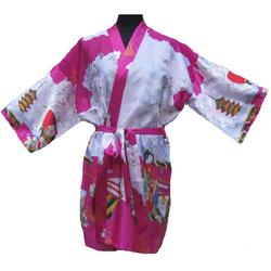 Kimono Court Fushia Motif Femme Japonais Asiatique
