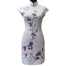 Robe Asiatique Courte Coton Noire Fleur Bordee Motif